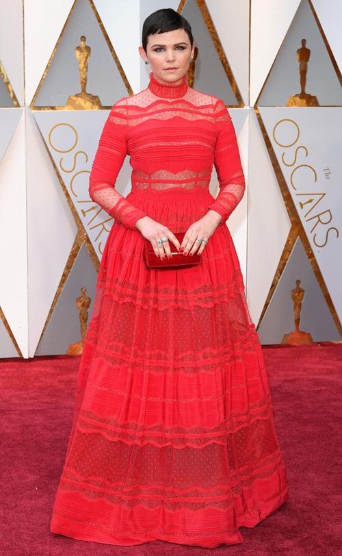 """Loạt sao nữ tự """"dìm mình"""" vì mặc xấu nhất tại Oscars - 3"""