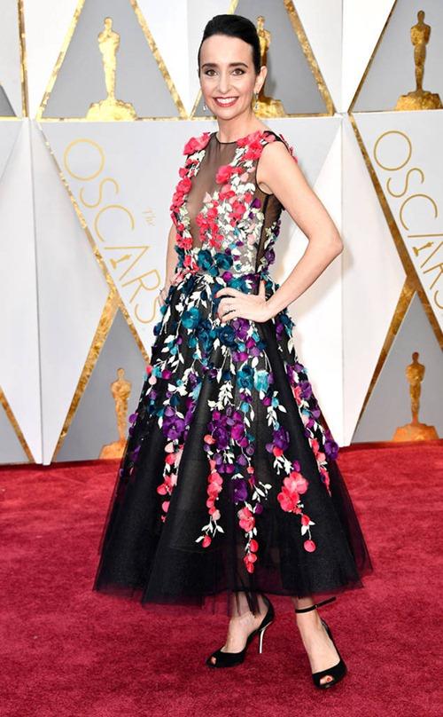 """Loạt sao nữ tự """"dìm mình"""" vì mặc xấu nhất tại Oscars - 5"""