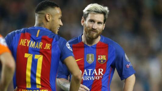 Kết quả hình ảnh cho Barca may mắn lọt vào chung kết Champions League