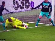 Bi hài: Phản lưới nhà vì... chơi đùa với Goal-line