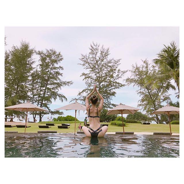 """Hoàng Yến Chibi đi bơi ngày càng """"bỏng mắt"""" - 12"""