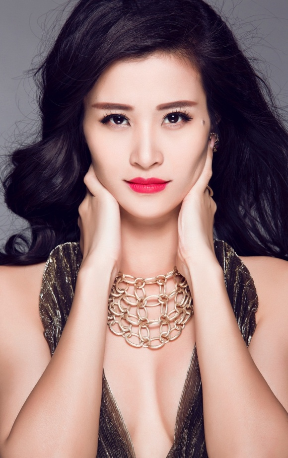 Tạ Bích Loan, Mỹ Tâm lọt Top 50 phụ nữ ảnh hưởng nhất VN - 3