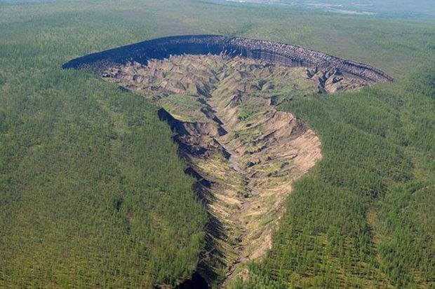 Hố tử thần nở to mỗi ngày, lộ bí mật 20 vạn năm ở Siberia - 1
