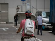 Thế giới xe - Mũ bảo hiểm thông minh bảo vệ người đi xe đạp