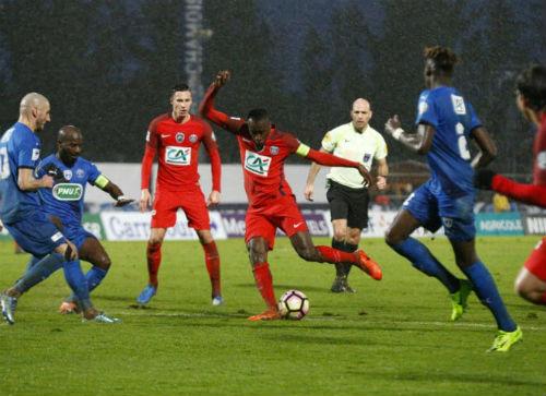 Niort - PSG: Bùng nổ 16 phút cuối - 1