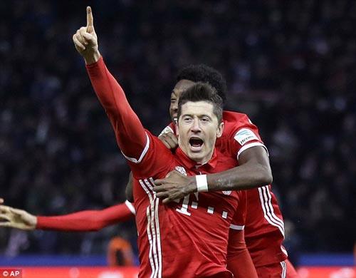 Bayern Munich - Schalke 04: Ngã ngũ trong hiệp 1 - 1