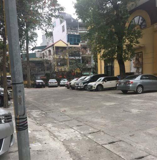 Phòng GD&ĐT quận Cầu Giấy: Chính thức cấm gửi ô tô trong trường học - 2