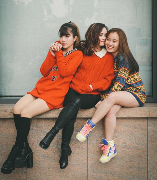 Mỹ nhân 4 lần đò, 40 tuổi vẫn quá trẻ bên 2 con gái hotgirl - 3