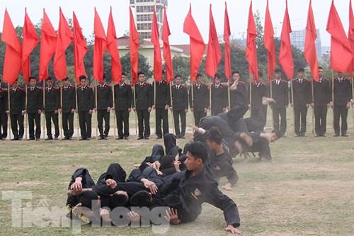 Mục kích nội công phi thường của cảnh sát đặc nhiệm - 2