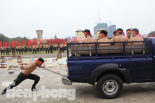 Mục kích nội công phi thường của cảnh sát đặc nhiệm - 5