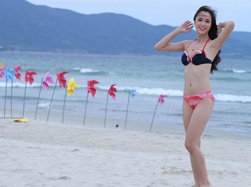 """""""Phát hờn"""" với bộ sưu tập bikini của chân dài Vũ Ngọc Anh - 3"""