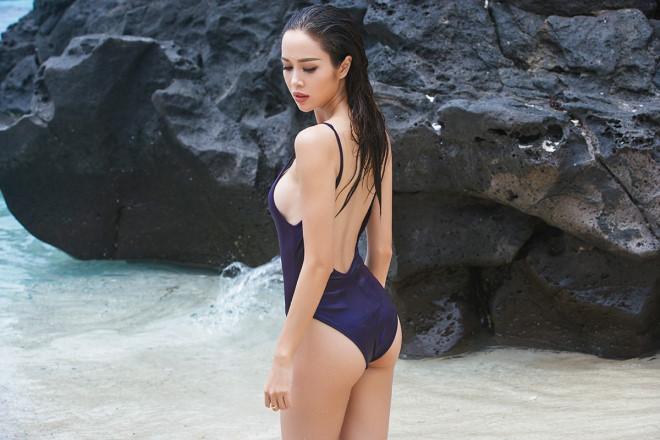 """""""Phát hờn"""" với bộ sưu tập bikini của chân dài Vũ Ngọc Anh - 5"""