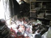 Phi thường - kỳ quặc - Người đàn ông bị 6 tấn tạp chí khiêu dâm đè chết tại nhà