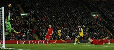 Chi tiết Liverpool - Arsenal: Đòn phản công sắc lẹm (KT) - 9