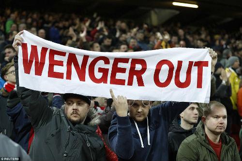 Lại thua Liverpool, Wenger phủ nhận ruồng rẫy Sanchez - 2