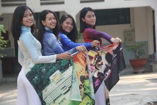 Giáo dục học sinh ý thức giữ mình khi mặc áo dài - 3