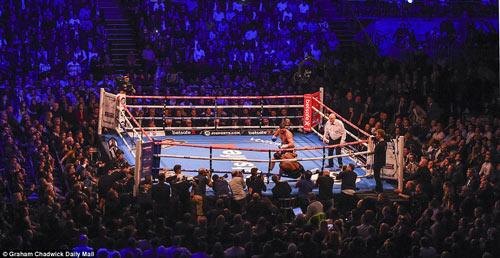 Boxing: David Haye thua tâm phục khẩu phục đàn em - 3