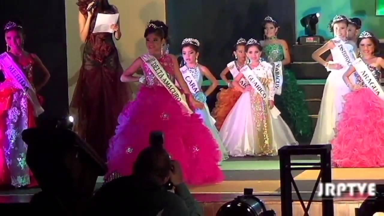 Choáng trước màn diễn áo tắm của các bé gái Venezuela - 6