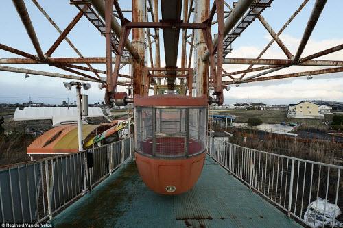 Rợn người các công viên giải trí bỏ hoang ở Nhật - 2