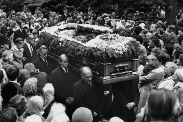Bí ẩn cái chết của huyền thoại âm nhạc Brian Jones - 2