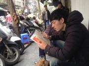 """Tin tức trong ngày - Dẹp loạn vỉa hè Hà Nội: Dân phố cổ lo """"mất cần câu cơm"""""""