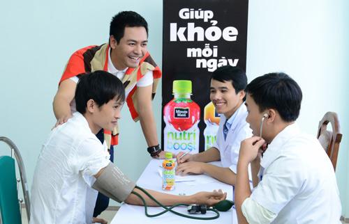 Phan Anh trở thành đại sứ thương hiệu sữa trái cây Nutriboost - 1