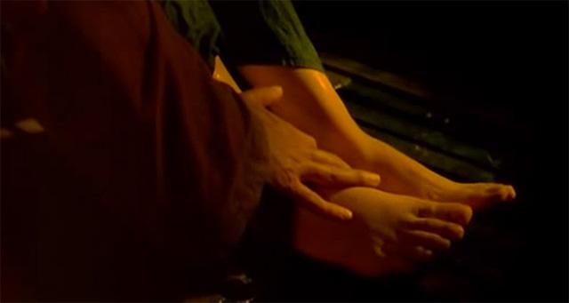 """Những vai diễn """"thiêu đốt"""" màn ảnh của Trương Ngọc Ánh - 4"""