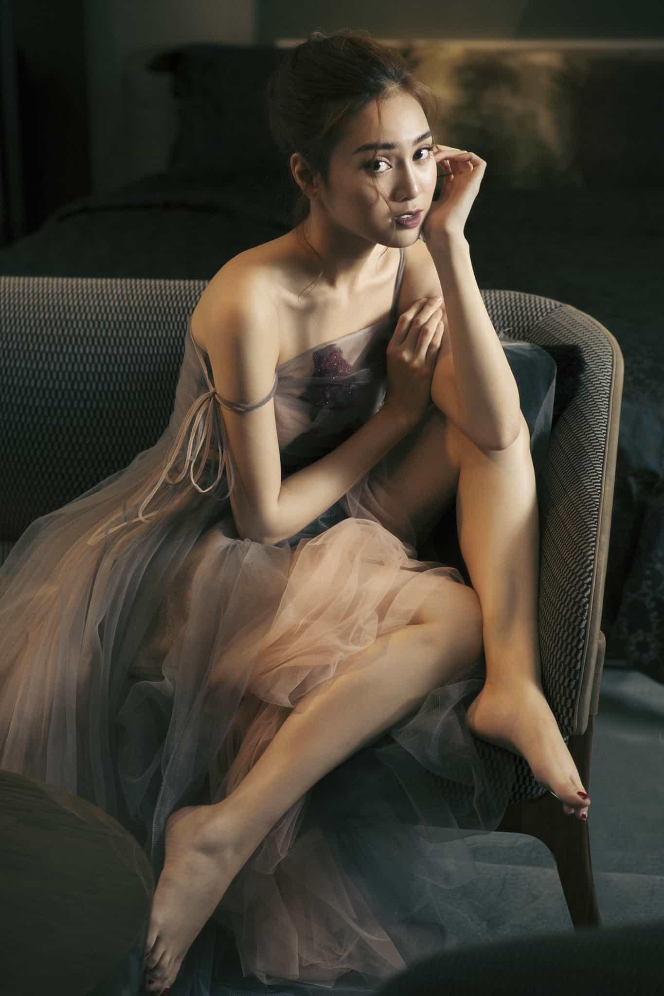 Ninh Dương Lan Ngọc đẹp không tì vết với đầm ren mỏng - 9