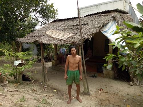 Vắt vẻo mưu sinh trên... ngọn dừa - 2