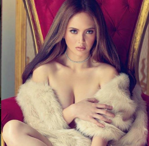 Nữ hoàng bikini Philippines đổ mồ hôi vẫn đẹp tuyệt trần - 4