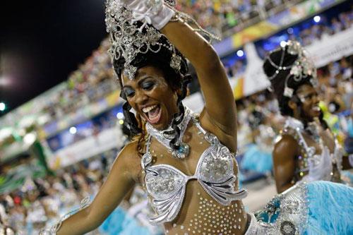 Lần đầu tiên tại VN, không khí Carnival đã tràn về Buôn Ma Thuột - 5