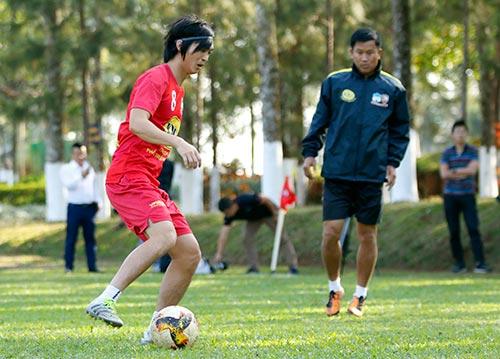 """Bầu Đức để dành Tuấn Anh """"Ronaldinho"""" cho SEA Games - 6"""