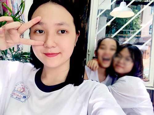 """""""Em vợ"""" 14 tuổi của Hồ Quang Hiếu chân dài như siêu mẫu - 10"""