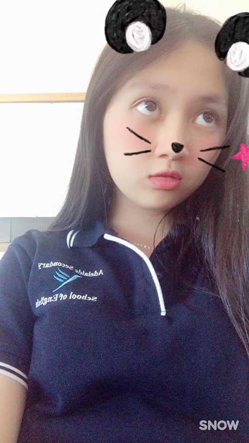 """""""Em vợ"""" 14 tuổi của Hồ Quang Hiếu chân dài như siêu mẫu - 11"""