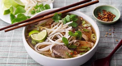 Chuyên gia lý giải vì sao người Việt ăn sáng đắt nhất thế giới - 1