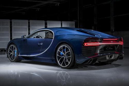 Siêu xe Bugatti Chiron bán chạy hơn dự kiến - 2