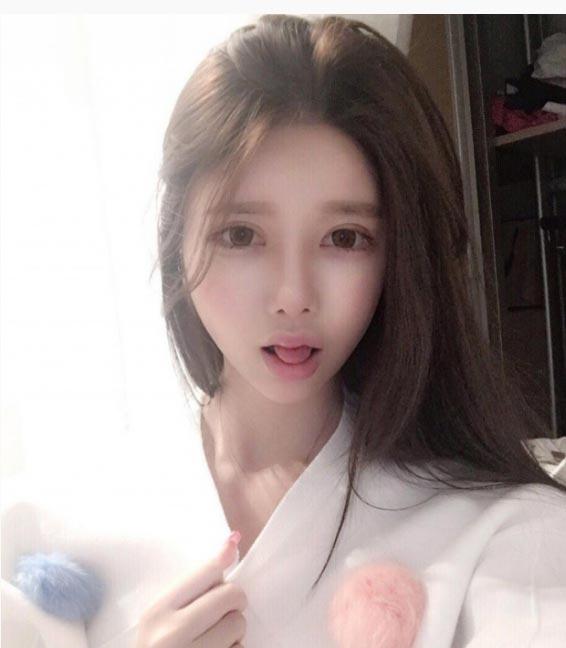 """Đường cong siêu tưởng của """"Angela Baby Hàn Quốc"""" - 6"""
