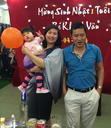 Danh thủ Nguyễn Hồng Sơn khi không mặc áo số, quần đùi - 10