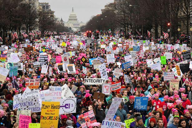 Phụ nữ Mỹ kêu gọi chị em nghỉ làm hoàn toàn ngày 8.3 - 2