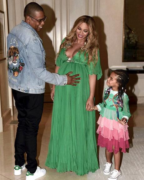 """""""Phát hờn"""" chiếc váy thiếu nhi 600 triệu của ái nữ Beyonce - 2"""