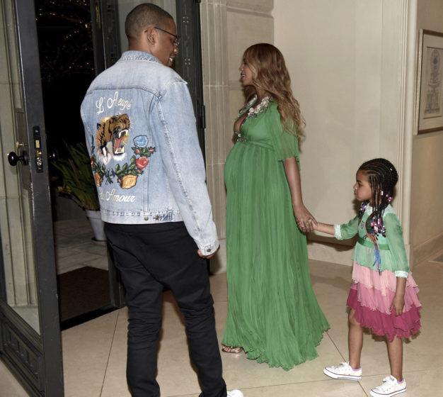 """""""Phát hờn"""" chiếc váy thiếu nhi 600 triệu của ái nữ Beyonce - 3"""