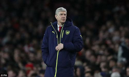 """Arsenal: Báo chí Anh """"vùi dập"""" Wenger, kêu gọi từ chức - 6"""