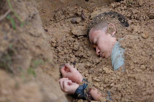 Lương Mạnh Hải rùng mình nhớ lại cảnh bị chôn sống - 2