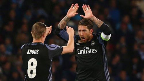 """Real thủng lưới, Ronaldo nổi giận """"mắng"""" đồng đội - 2"""