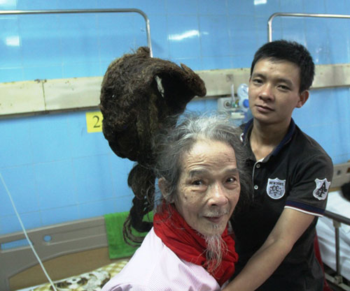 Cụ ông 76 tuổi với mái tóc đặc biệt hơn 30 năm chưa cắt - 3