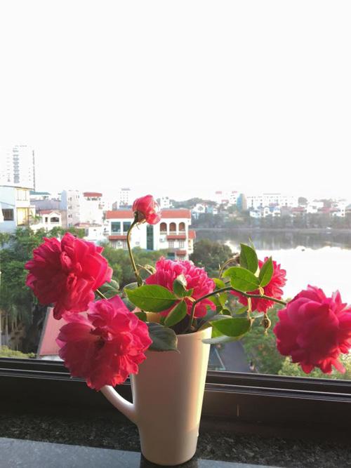 Học bà mẹ Hà thành cắm hoa cực đẹp cho ngày 8/3 - 1