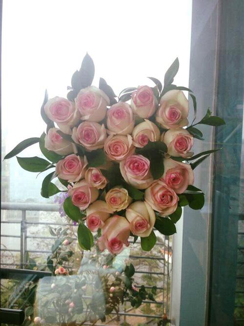 Học bà mẹ Hà thành cắm hoa cực đẹp cho ngày 8/3 - 12