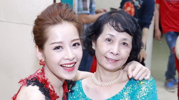Mỹ nữ Việt được chồng tặng nhẫn kim cương 21 tỷ ngày 8/3 - 5