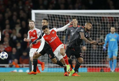 """Arsenal – Wenger thua thảm & những """"vết nhơ"""" khó gột - 1"""