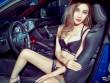 """Hotgirl xăm trổ """"lột đồ"""" đầy sexy bên xe"""